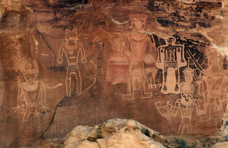 'Three Kings' Panel of Petroglyphs / McConkie Ranch Site (Utah)